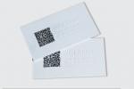 Визитна картичка, изработена с технология multilevel, комбинирана с едностранен пълноцветен печат.